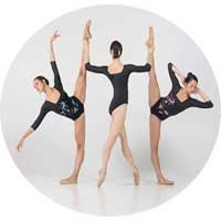 Intensive classical ballet courses in Madrid downtown Goya area.